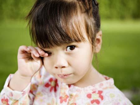 У ребенка чешутся глаза, что делать