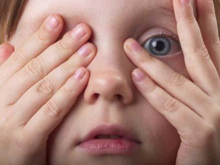 Ячмень у ребенка, симптомы заболевания